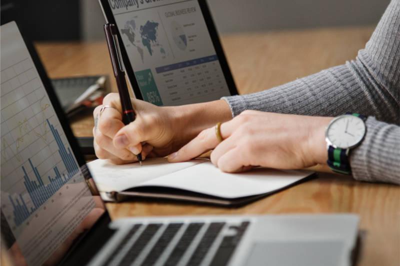 5 előny a havidíjas online vállalatirányítási rendszerek mellett!