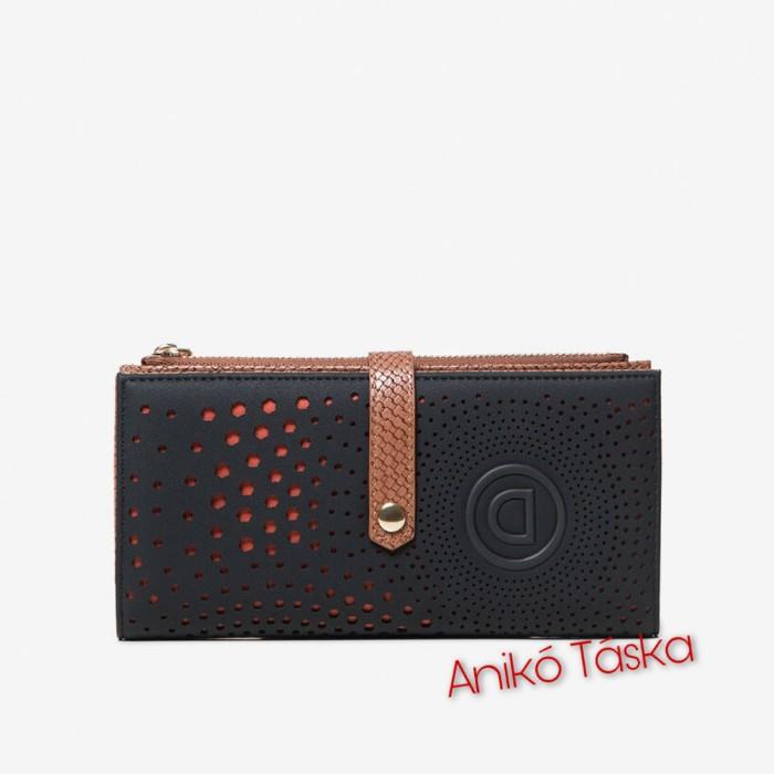 Új Desigual pénztárca fekete