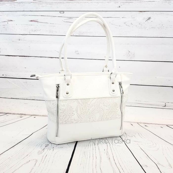Karen rostbőr táska kedvelt fazon fehér virág mintás N087