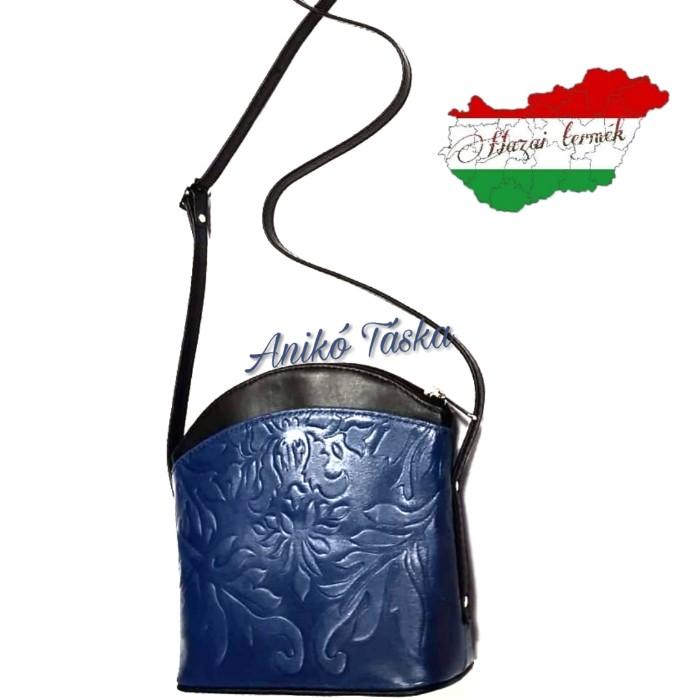 Íves alkalmi női bőr táska virágos fekete kék