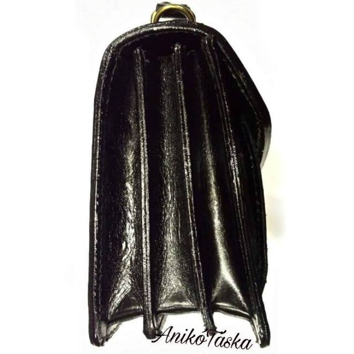 Férfi bőr autós táska és válltáska fekete