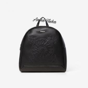 Desigual íves kis hátitáska mandala mintás fekete