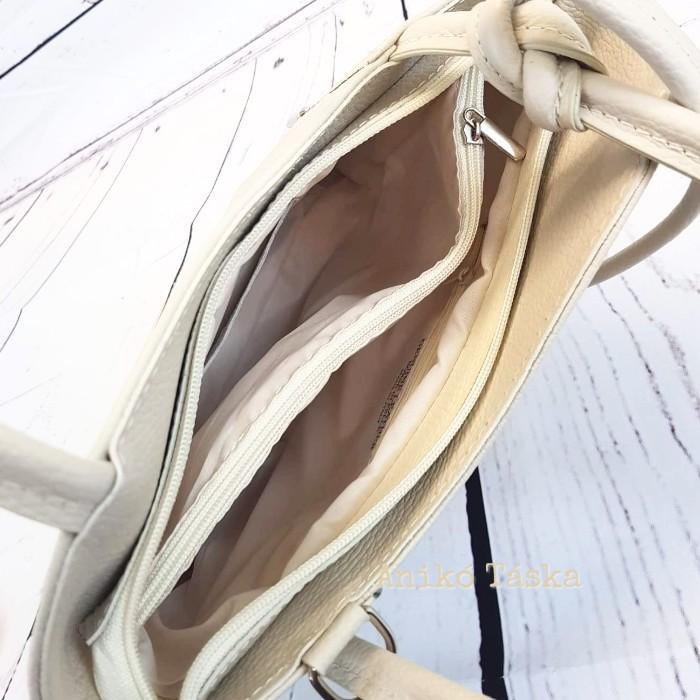 Bőr női válltáska hátizsák vajszínű
